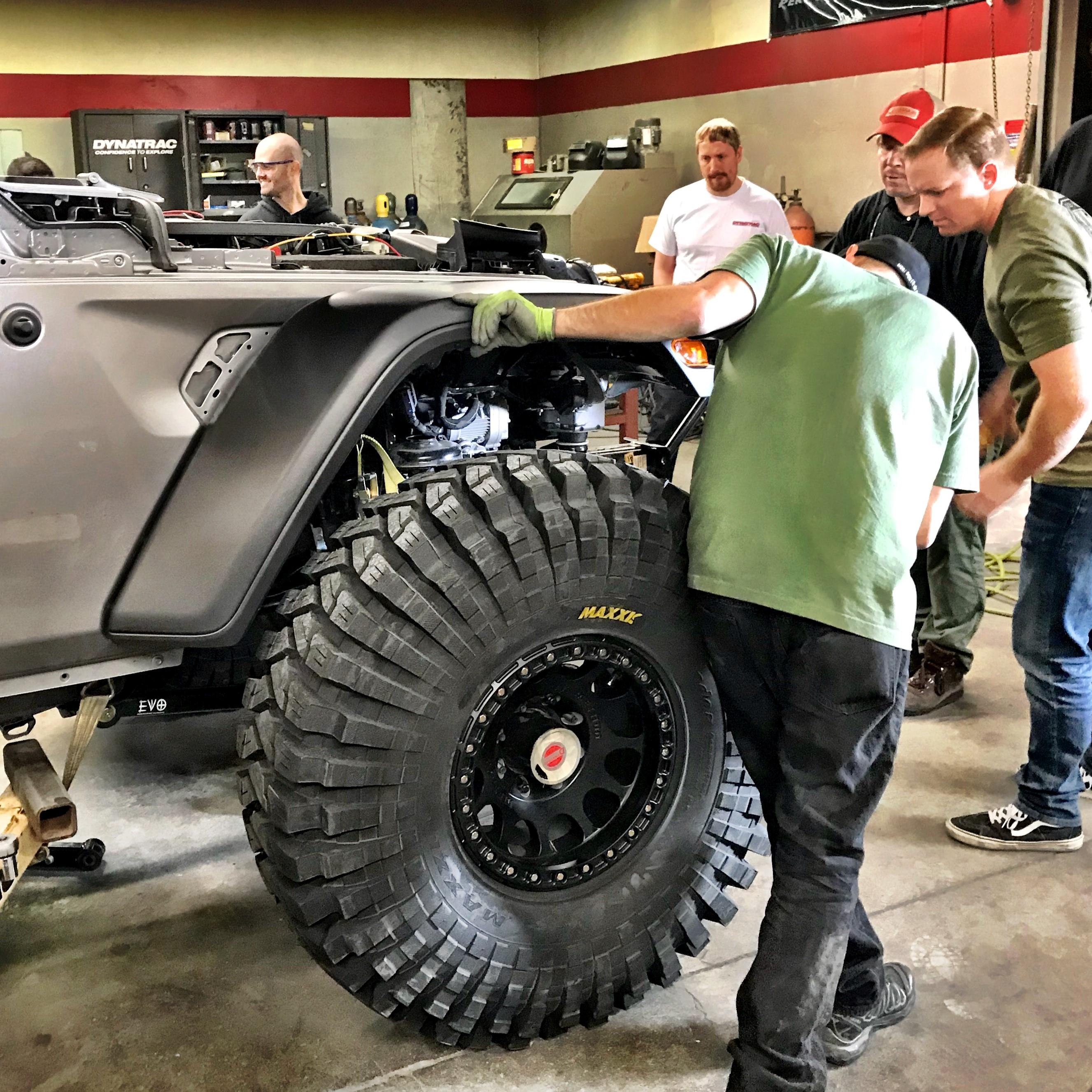 Dynatrac CODE1 2018 Jeep Wrangler JL Build - Dynatrac Tech
